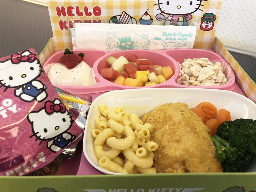 eva air hello kitty flight meal